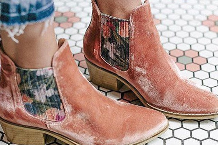 If you want to know your style based off your zodiac sign, these these zodiac shoes and boots for women will prove to be the best footwear for you!