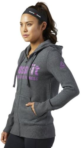 If you're trying to decide on what to wear to Crossfit, this sweatshirt is perfect!