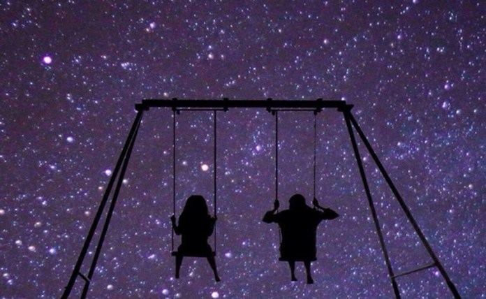 Your Love Horoscope For The Week of November 6 - Society19