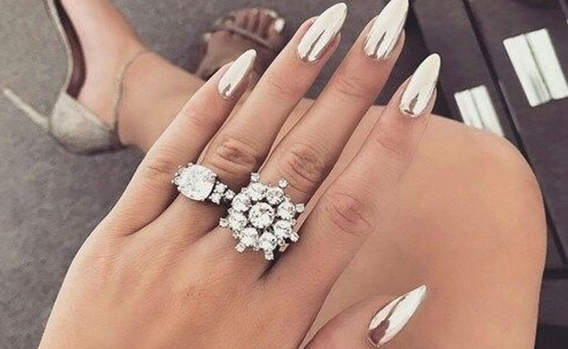 20 Nail Designs For New Years Eve You Need To Copy , Society19