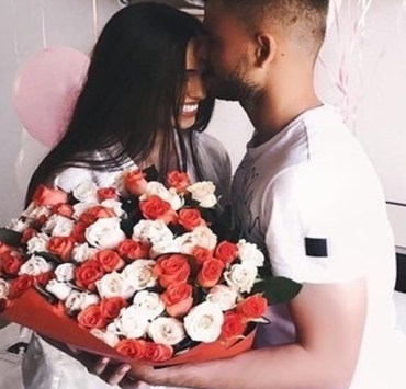 Valentines Day ideas for someone you just started dating are tough. Here's the best Valentines Day date ideas. These VDAY date ideas are cute and OG.