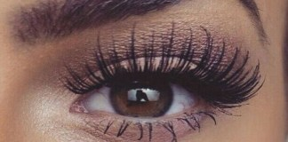The new trend of the eyelash lift and tint has been going around the internet like crazy! These before and after pics of women getting them done speak for themselves.
