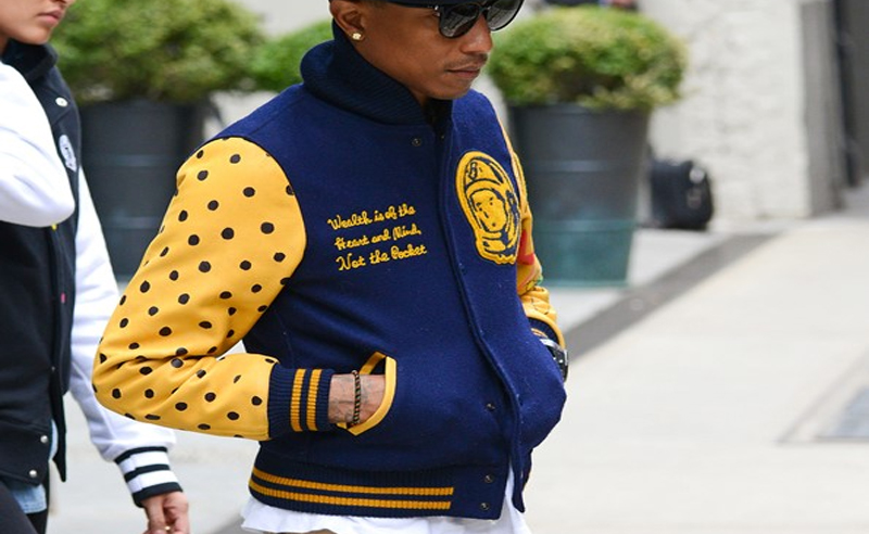 Finding cheap varsity jackets is something I'd consider myself to be a pro at; so when I say I've scored the most stylish yet cheap varsity jackets for men - I mean it. Varsity jackets have lately become an essential piece to any great men's street style outfit. If you don't already have yourself a mens varsity jacket