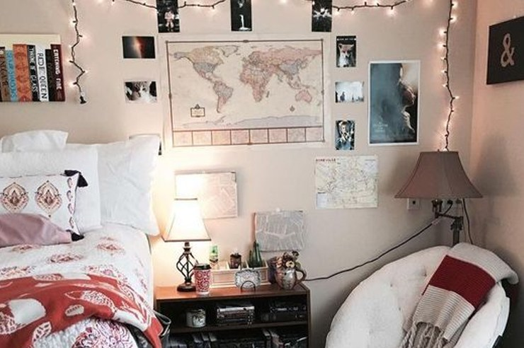 If you find your dorm room to be a bit bland, then these are the best amazon products that are inexpensive, and great to decorate your walls with!