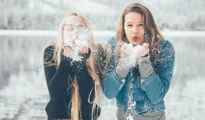 Campus winters are fickle and sometimes it's hard to look cute when it's 10 degrees outside and 80 in your classroom. Here are some do's and don'ts for those colder days for a unique look on campus and get some super cute outfits for the snow.