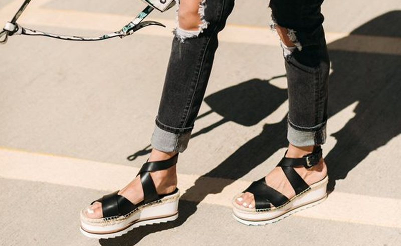 If you're looking for some cute platform sandals to wear this summer, then you won't be disappointed with this selection! Every girl loves a good heel, and thankfully these are the best places to buy some cheap yet adorable looking shoes!