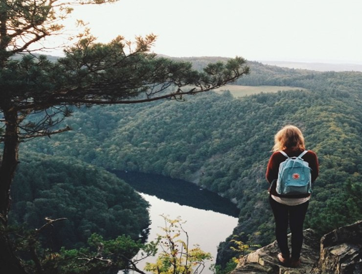While backpacking, you want to make sure you pack snacks to keep your energy levels up. It can be easy to throw whatever in your backpack, but I have come up with a list of 10 of the best snacks for backpacking that won't pack on the pounds.