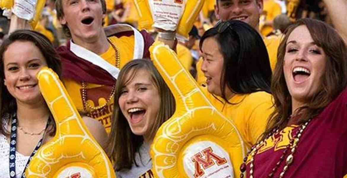 10 things every University of Minnesota- Twin Cities student goes through at some point during their 4 years there. You just know you're a UMN student when you experience these things.