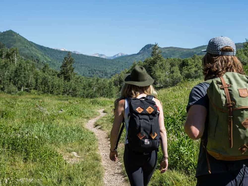 I have tried every type and brand of trail mix out there, even made some of my own. Here are my absolute favorites that should definitely be in your bag next time your head out into the woods. This is the ultimate ranking of the best trail mix for hiking!