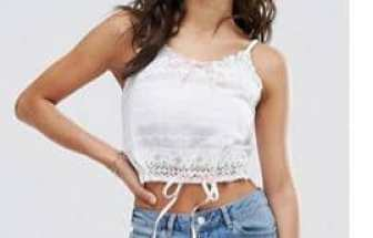 Here are 15 hippie outfits you NEED to copy! We love this top!