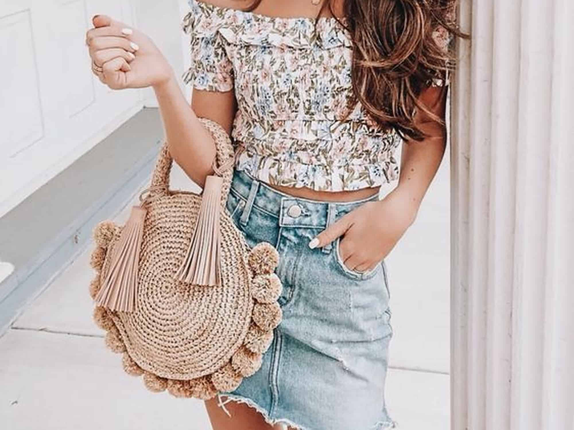 20 Denim Skirt Outfits That We Find SO Cute   Society20