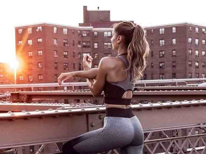 These cute workout clothes are great for motivation to get you to the gym. From patterned leggings to graphic tanks, check out our list of must-have workout gear.