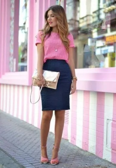 We love cute summer work outfits like this one!