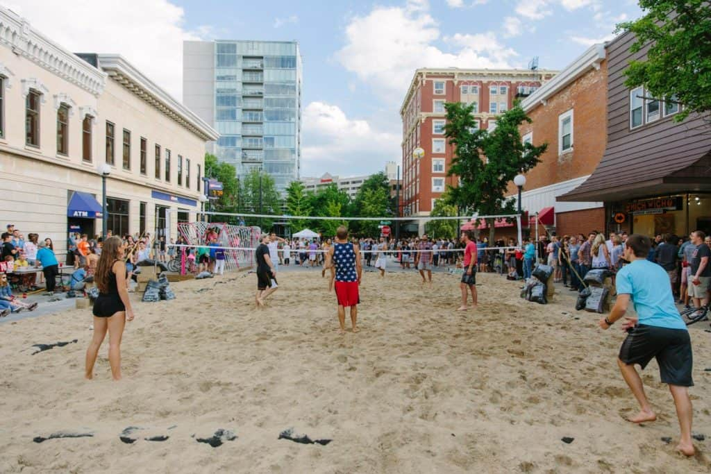 Things you should know before the Iowa city downtown block party.