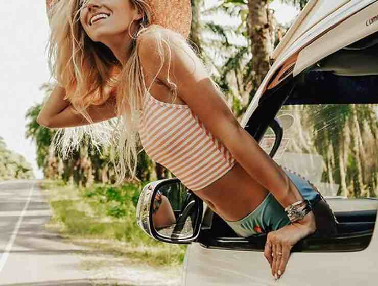 If you're looking for some summer vacation outfits to take with you on your travels, then we have the best outfit ideas! These looks are ones that scream summer from beach clothes, vacation dresses, and more!
