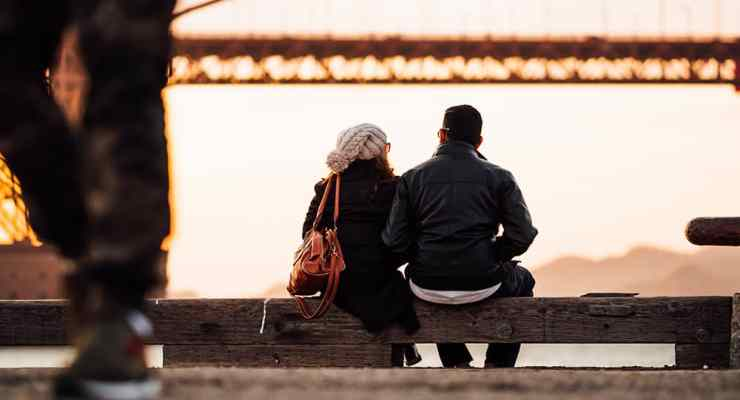 First dates can be boring or awkward. Spice things up with these first date ideas for college students that won't make you cringe!