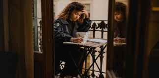 Applying for college is a long and stressful process. If you don't know where to start, here are some really good things to put on a college application!