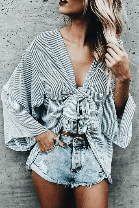 Check out these trendy summer outfits for 2018!