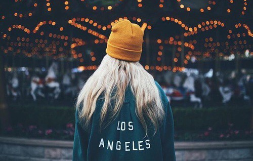 Check out these songs that'll get you in the mood to visit Los Angeles. These songs are great to listen to when you are in the city of Angels!