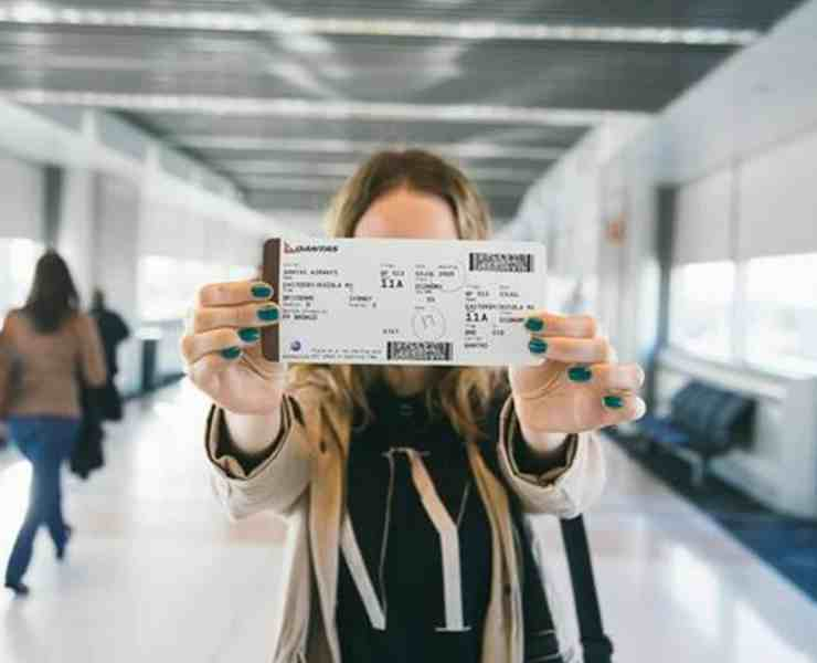 Here are our top picks for airport travel essentials, that you'll need for a smooth day of traveling and to survive that gross airplane.