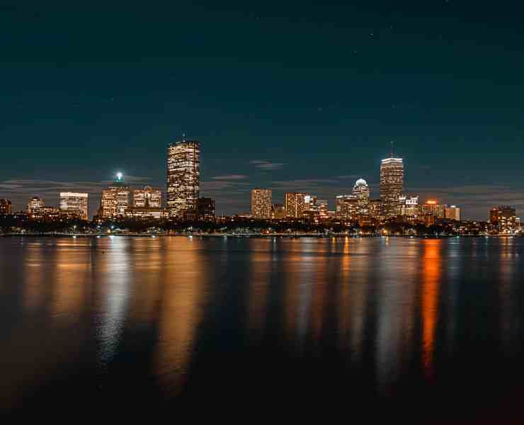 There are so many things to do in Boston, planning a trip can become incredibly stressful. Here are 10 placces you need to see while in Boston!
