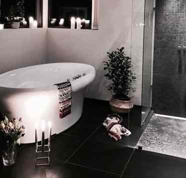 11 Ways To Make Your Tiny Bathroom Seem Bigger