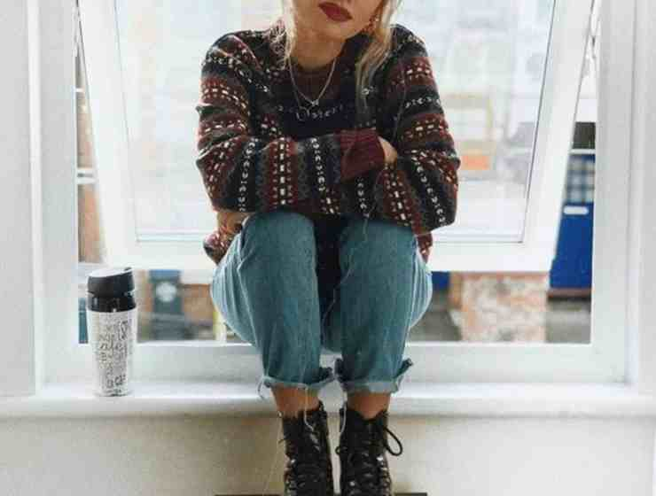 Here are some trendy back to school outfits that aren't boring! Take a look at our top picks and pieces that you can rock this fall!