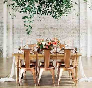 DIY wedding ideas will make your special day even more memorable! Here are wedding decoartions that you can make yourself!