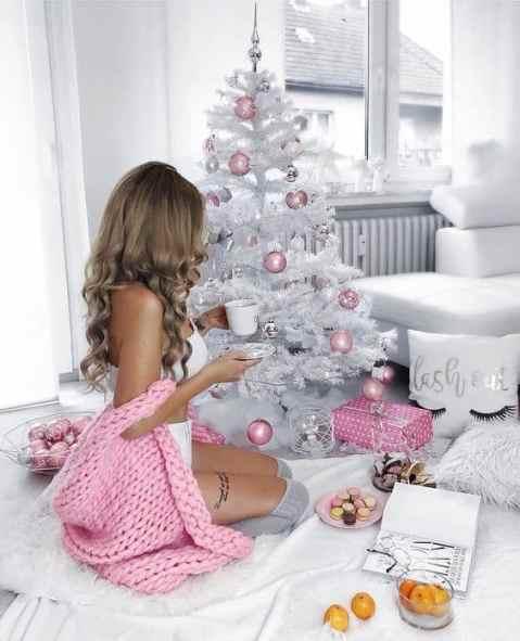 Pink Christmas Tree Decorations