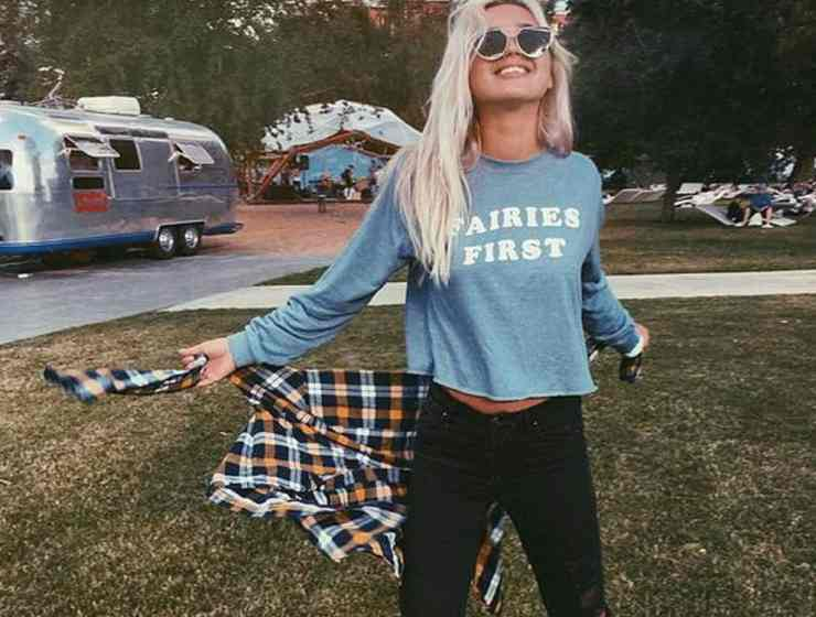 Here are some back to school outfits that will have you looking trendy this year. Check out these outfits for back to school this year!