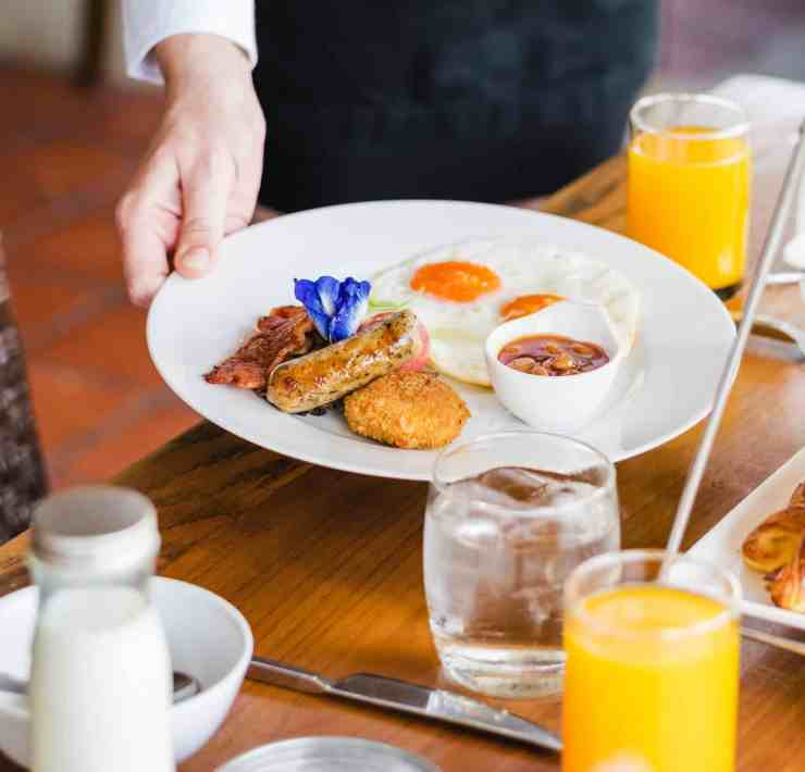 Getting brunch in the San Fernando Valley is a great idea because of how many options there are. Here are some of the best spots!
