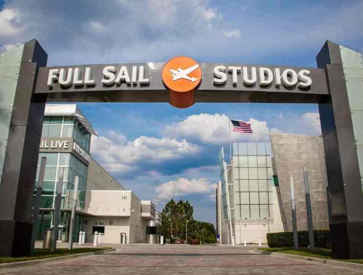 Freshmen at Full Sail University have a tendency to make a lot of mistakes. Here are some of the biggest ones you can avoid!