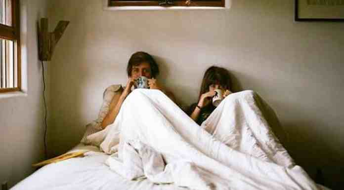 Being a germaphobe in a relationship is a real thing, and not ever person can handle it. Here's some ways it can ruin your relationship!