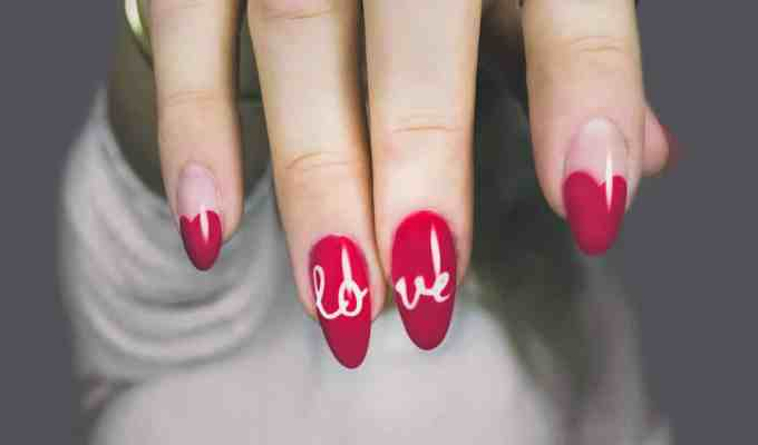These Instagram nail artists will show you all of the greatest nail designs they have to offer! You definitely should be following them!