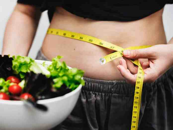 The Freshman 15 can be an absolute nightmare for some. However, there are ways to avoid that dreaded weight gain! We'll tell you how to prevent it!