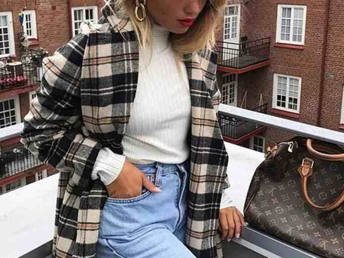 0773a445305 12 Cute Winter Outfits You Can Copy In 2018 - Society19