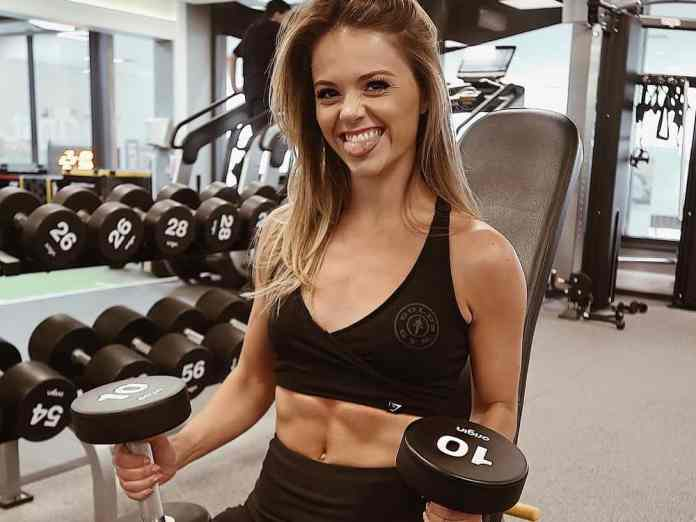 Female gym goers face a lot of struggles every time they try to workout. Here are just some of the thigns girls deal with at the gym!