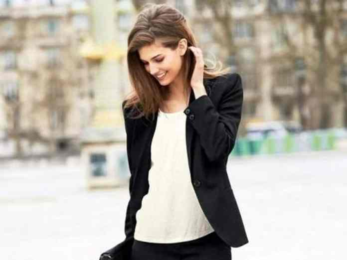 These interview outfits for women are professional and fashionable. These are the best interview outfits you can wear that will get you that job!