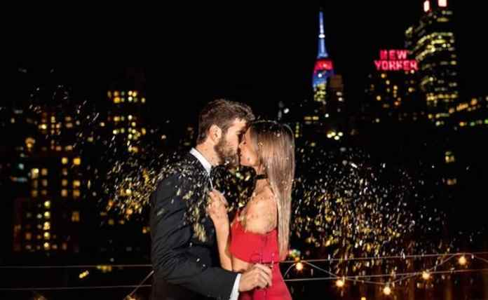 These holiday-inspired date ideas are perfect for you and your significant other to do this Christmas season! Check them out!
