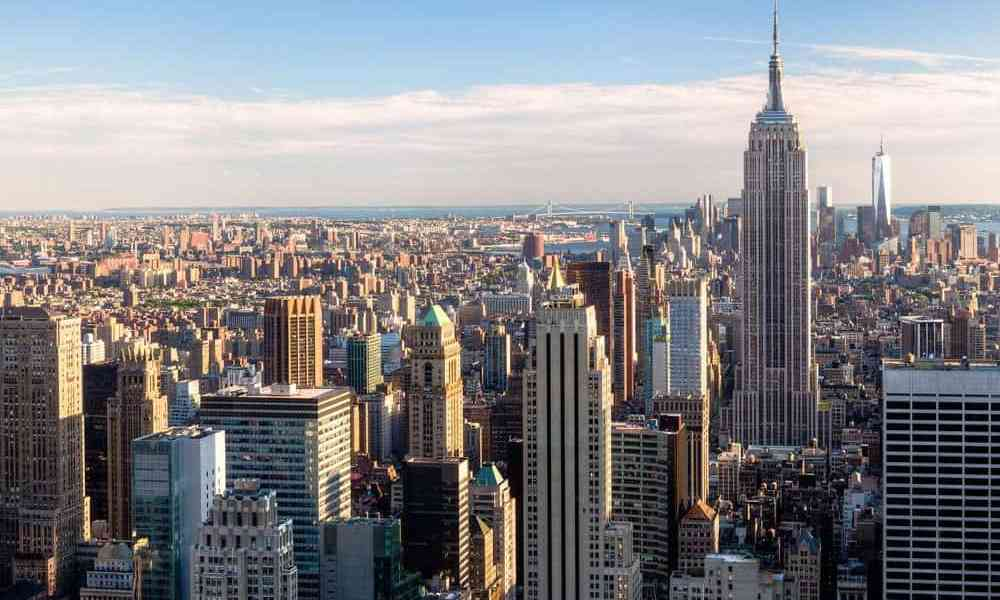 Moving from the suburbs to New York City, there were many things for me to adjust to, both positive and negative. Here's what I noticed while living in NYC.