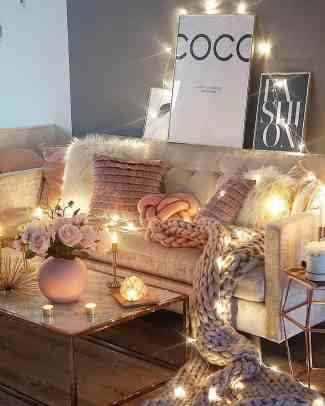 beige and pink cozy living room decor