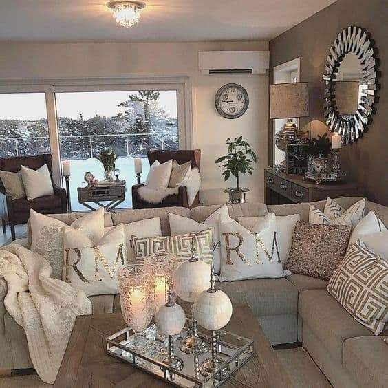 white, silver and gold cozy living room decor