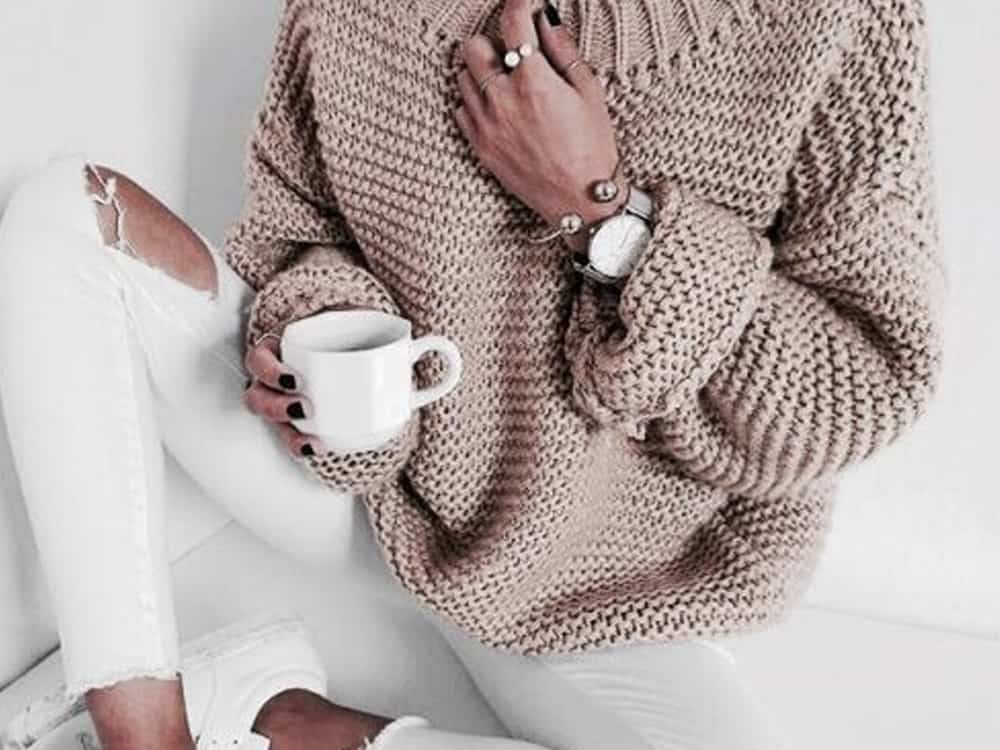 These sweater outfits are going to be a major inspiration for you in the upcoming cold months! Here are some of our favorite looks!