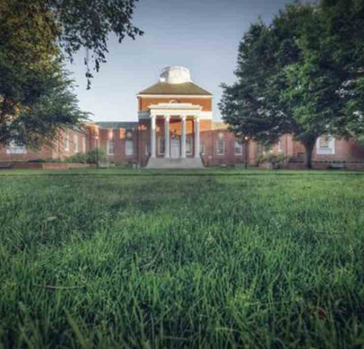 This article provides ten places to get study snacks around the University of Delaware campus for the week of final exams.