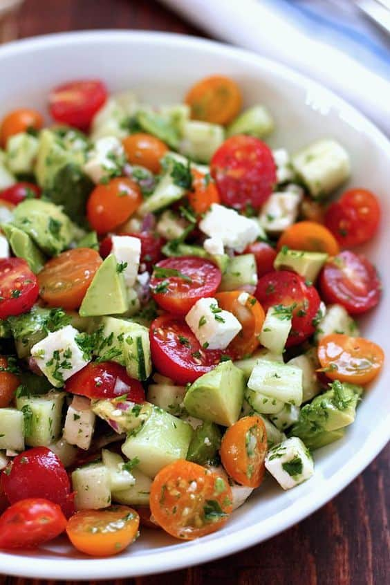 10 Healthy Salad Recipes To Get Your Body Ready For Spring Break