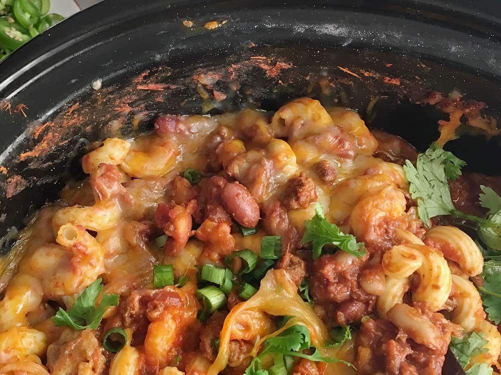 These are the best slow cooker recipes for your family dinner. These slow cooker meals are delicious and easy to make! Here are the best ones!