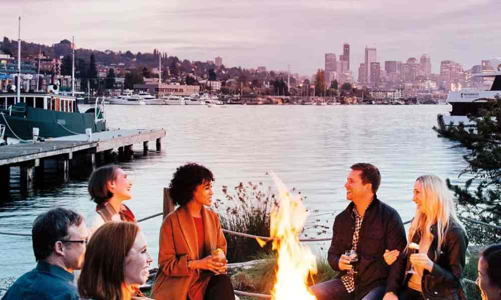 Seattle is filled with great places to travel to during the winter time. Here are our top spots you need to see in Seattle this winter!