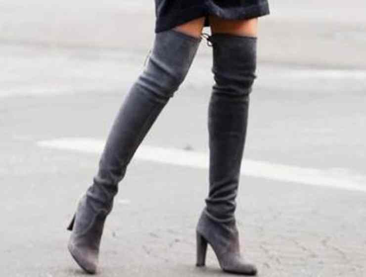 Knee-high boots will be everywhere this winter! That's why it's important to know the different ways to wear them! Here are our faves!