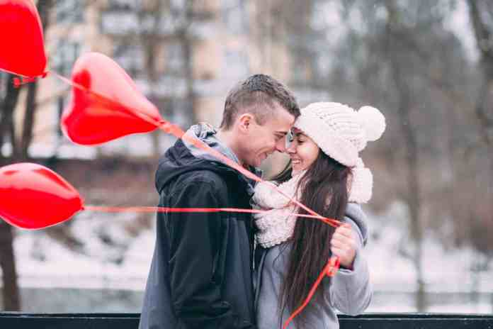 Valentine's Day gift ideas for him can be found right under your nose! Here are some romantic gifts that your boyfriend will love!