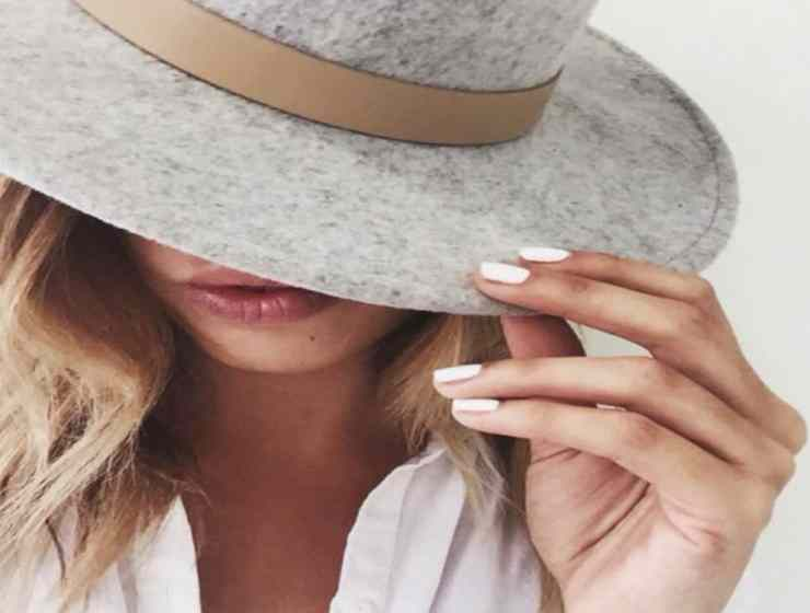 These spring 2019 nail trends are a must try for anyone out there who wants their nails looking totally on-point! Here are some of our faves!
